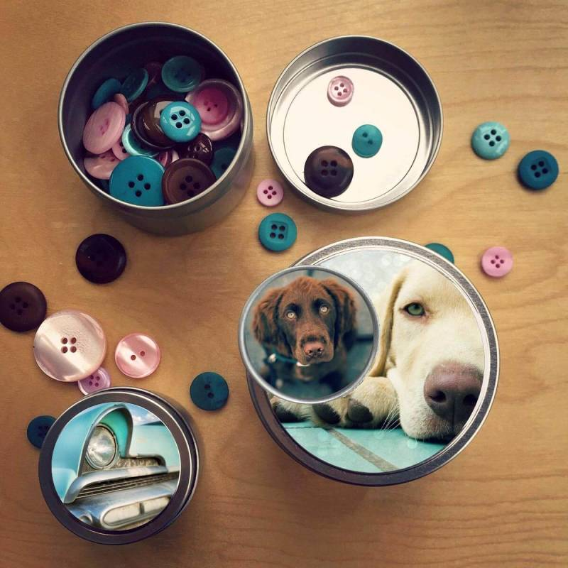 These personalized tins make great photo gifts, and they're easy to make!