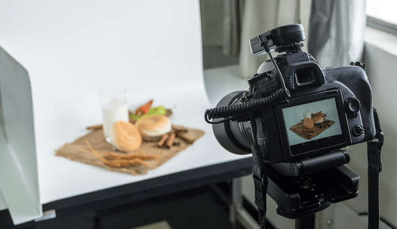 build a light box to shoot product photos