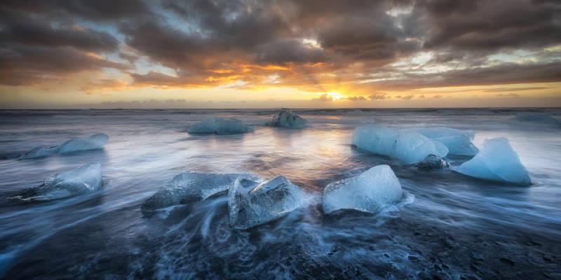Dramatic Iceland photos