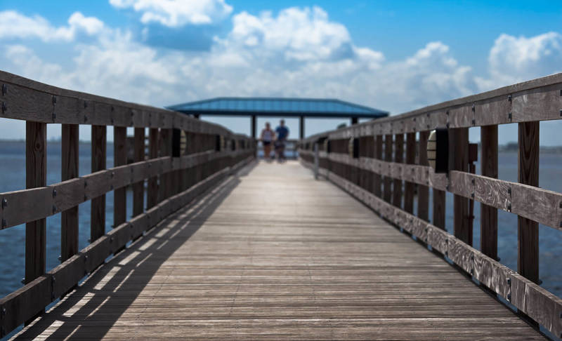 Framing your photo with leading lines is a great composition tip for your photography