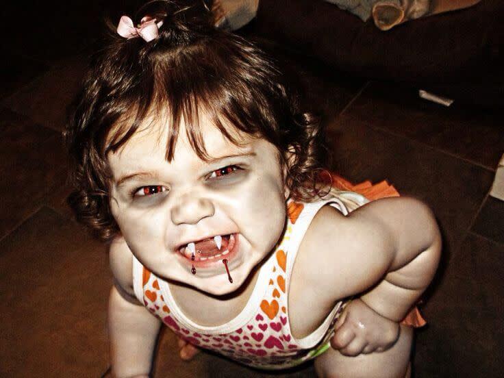 Halloween photo contest: Winner - photo of a little girl vampire (Funny).