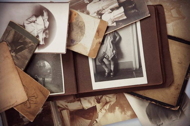 Get tips on how to preserve old photos