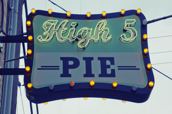 photo of High 5 Pie sign