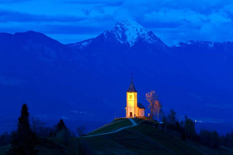 CHAPEL OF ST. PRIMOZ, SLOVENIA, 13 SECONDS, F10, ISO 200