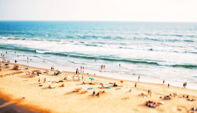 The photo miniature effect gives a cool tilt-shift look