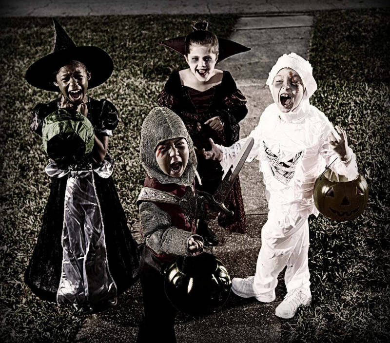 PIcMonkey's tips for Halloween night photography!