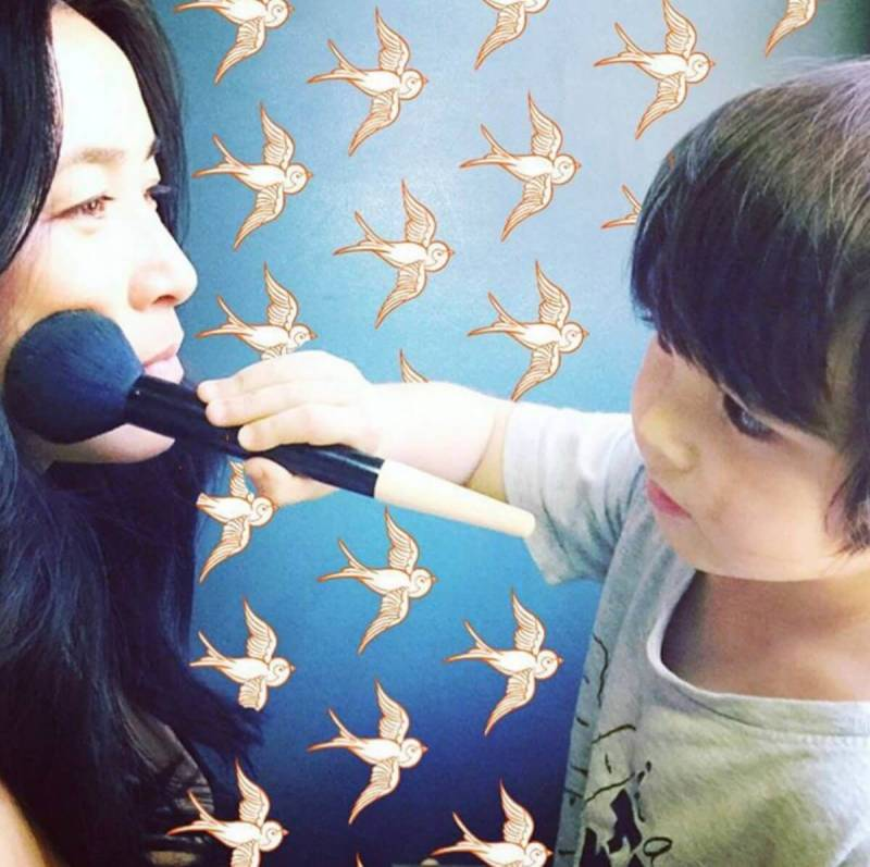 January user content: small child demos makeup chops, with guest appearance by PicMonkey graphics.