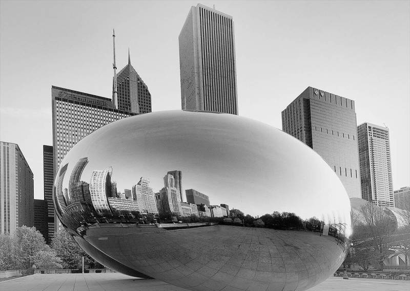 Learn to get great shots (like this one of Cloud Gate in Chicago) with expert architecture photography tips.