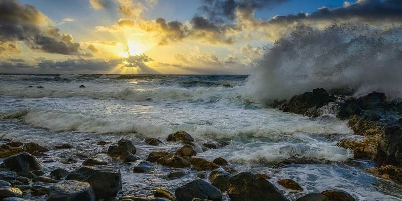 Frits Habermann's water photography from Kauai, Hawaii USA.