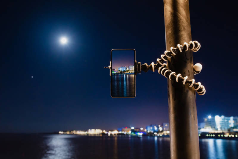 moon photography tips on a phone