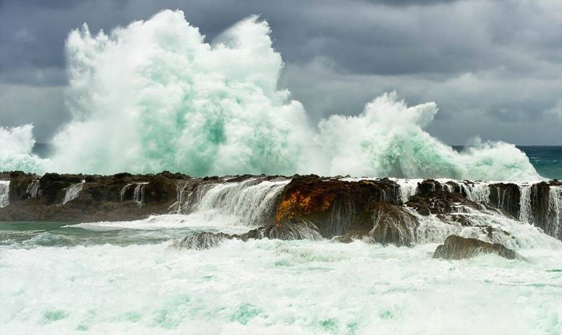 Frits Habermann's water photography from North Shore, Oahu, Hawaii USA.