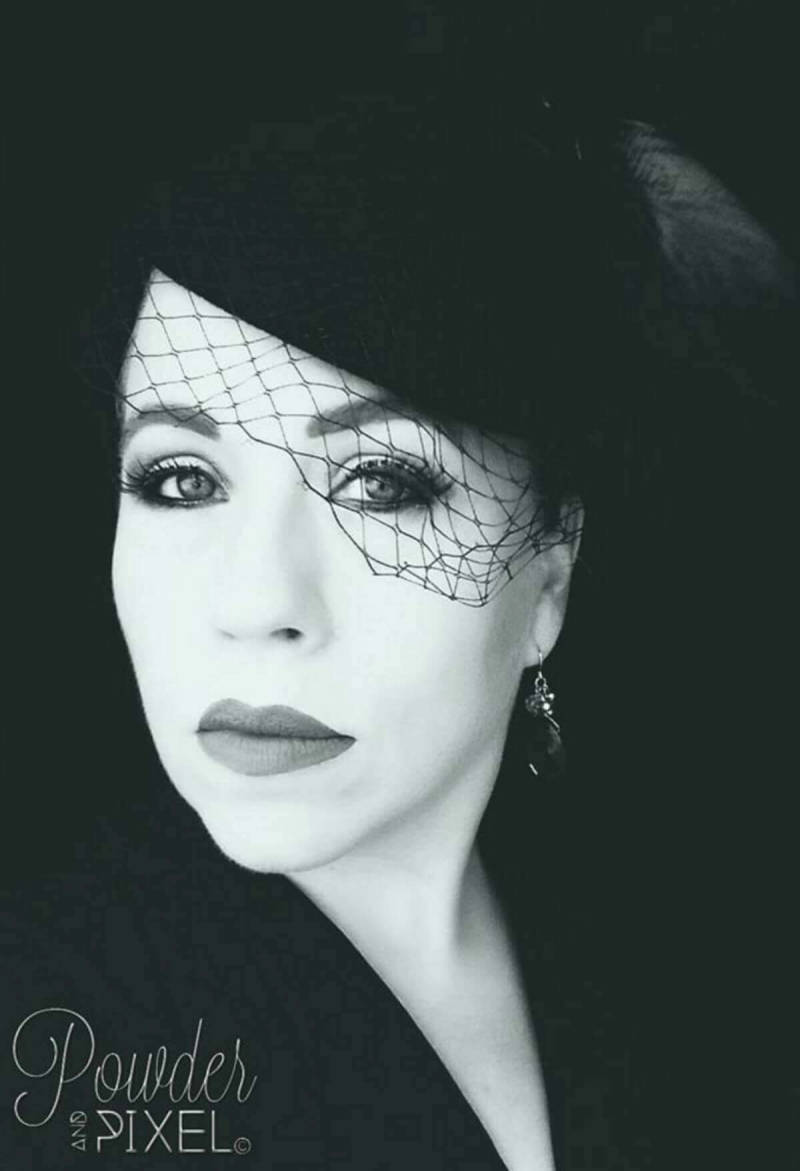 Theresa Oliver's glam black and white portrait, made in PicMonkey.