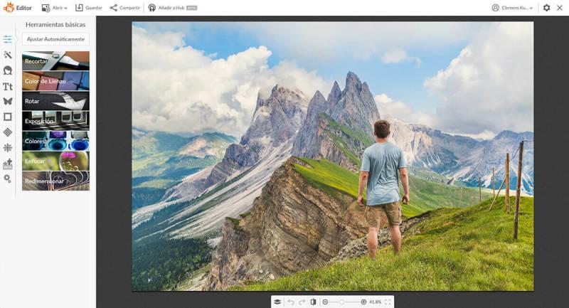 Para crear una imagen circular en PicMonkey, abrela en el Editor. Antes puedes recortarla con la herramienta Recortar en la pestaña de Ediciones Básicas.